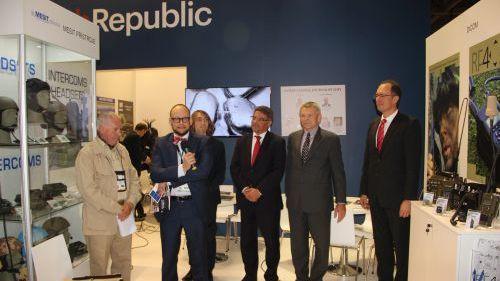 Vyhlášení výsledků novinářské soutěže o nejlepší český výrobek vystavovaný na DSEI 2015