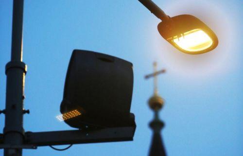 Chytré lampy v blízkosti Karlínského náměstí měří znečištění ovzduší. Zdroj: Martin Pinkas/Euro