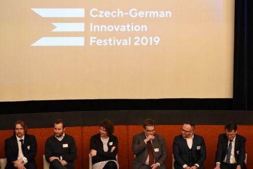 Czech-German Innovation Festival představil inovace a nejnovější letecké a kosmické technologie