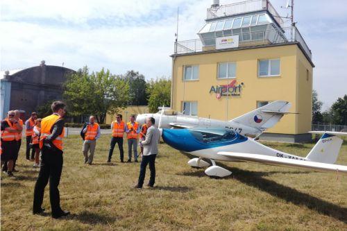 Průmyslová zóna Letiště Hradec Králové se rozroste