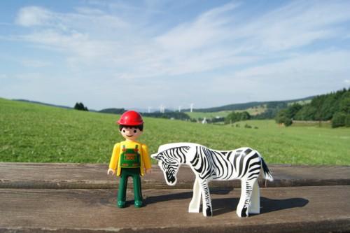 igráček figurka ošetřovatel zoo zebra