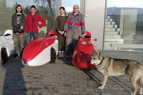 katanga majitele lide pes velomobily