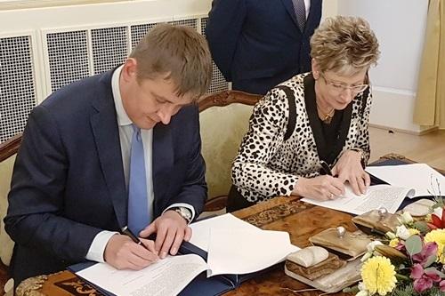 MPO se s MZV dohodlo na spolupráci při podpoře českého exportu