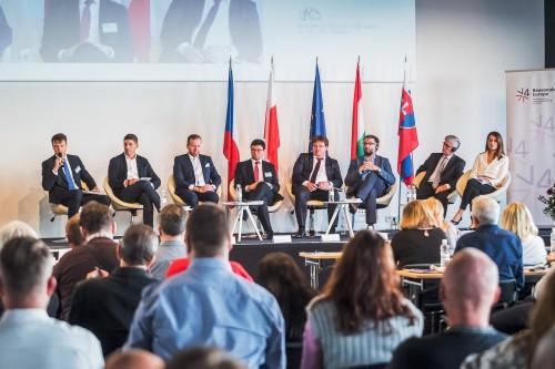 Diskuze se zástupci zemí V4 o inovacích a budoucnosti mobility