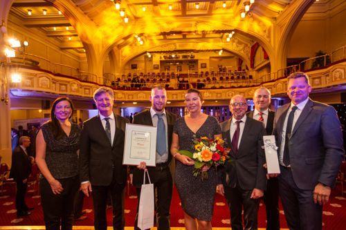 Zástupci společnosti Reko - druhé místo v kategorii Malá firma soutěže Equa bank Rodinná firma roku 2018. Foto: AMSP