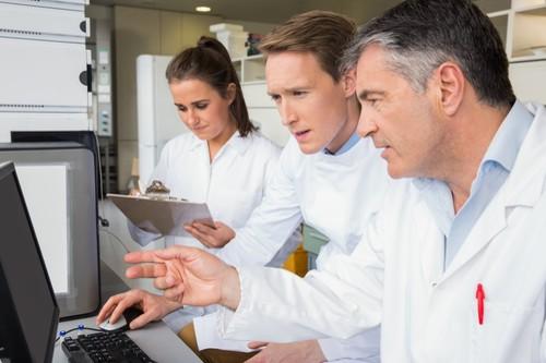 Podnikatelé rekordně investují do výzkumu, zaostávají ale v patentech