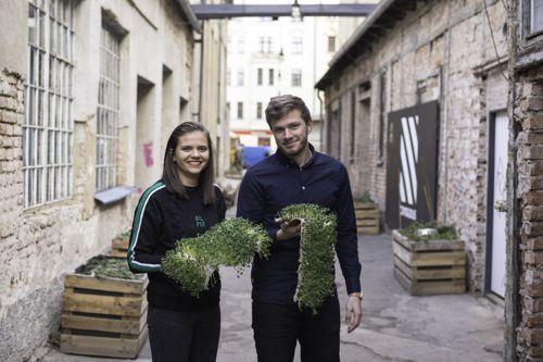 Spoluzakladatelé Herba Fabrica Karolína Pumprová a Michal Bílek. Foto: Vojtěch Tesárek