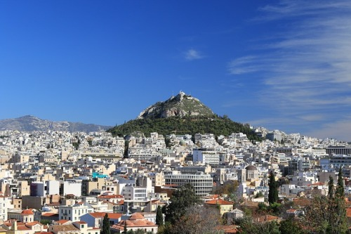 Řecko po čtyřech letech ruší opatření omezující pohyb kapitálu