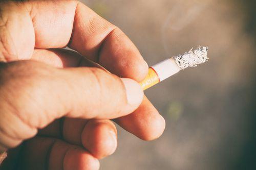 Zákaz kouření počet restaurací nesnížil, naopak rostly rychleji