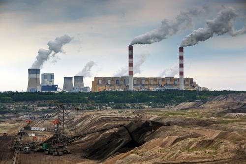 Únik metanu z uhelných dolů škodí víc než letecká a námořní doprava dohromady