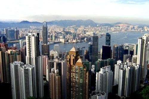 Statisícových protestů v Hongkongu se bojí byznysmeni