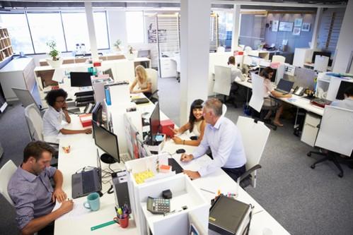 Cre8: Vybavili kanceláře Amazonu či PwC
