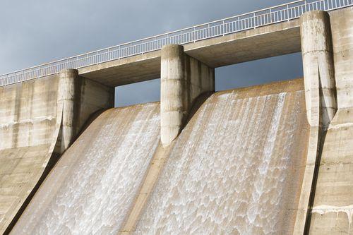 Vodní energie z Mostecka. Státní podnik Palivový kombinát Ústí chce propojit nová jezera