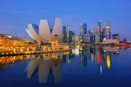 Vláda schválila otevření ambasády v Singapuru