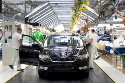 Export brzdí, vývoz aut zpomaluje