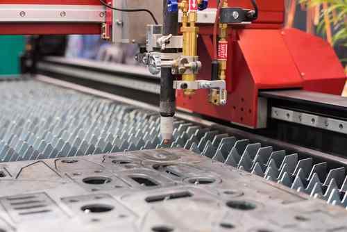 Export strojírenských firem v loňském roce vzrostl. Letos odborníci očekávají mírný pokles