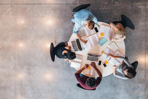 Smysluplné školní praxe? Startup xFlow propojuje studenty s firmami