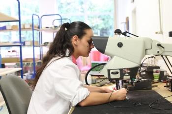 amit mikroskop