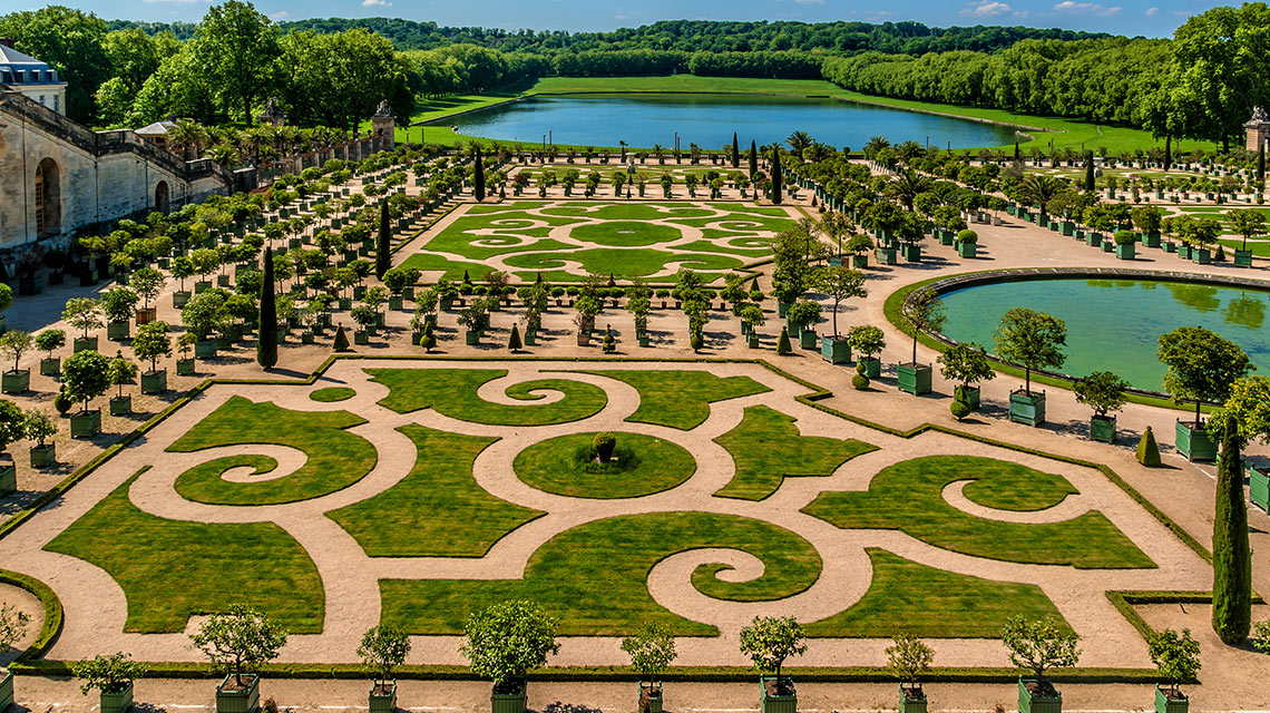 Attractive When You Say The Garden You Already Think Of A Wonderful, Relaxing Place  With Fabulous Flowers And Plants. However, In Many Places In The World, ...