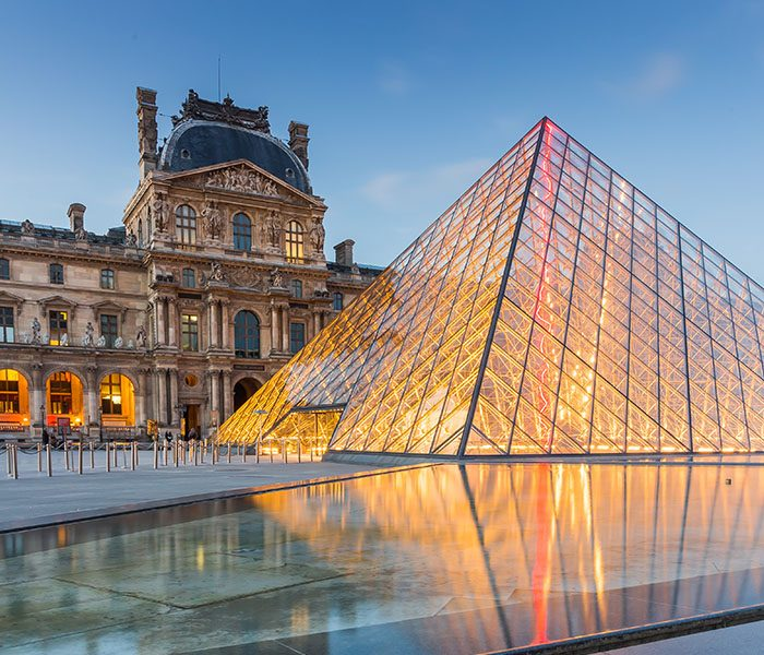 Besides These Famous Objectives You Will Drag A Lot Of Attention Due To The Cool Images Chic Coffee Places Fashionable French Women And