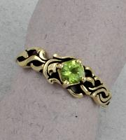 C. Priolo: Terry Seaver - Ring Peridot S-40