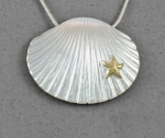 Betsy Frost - Scallop Shell Necklace with Gold Sea Star PSCXL-2T