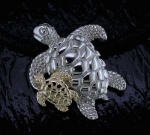 Steven Douglas - Mother & Baby Sea Turtle SGN677-18