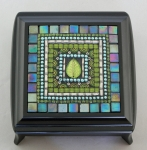 Zetamari Mosaic - Jewelry Box: Emerald Leaf Design