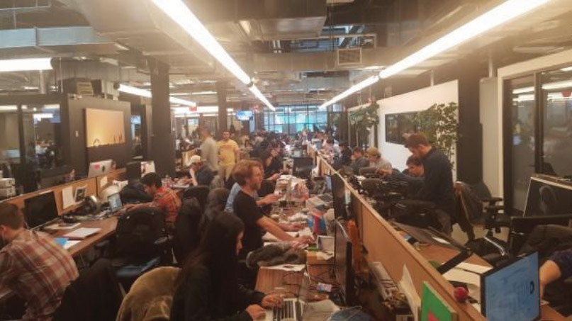 Close to 1,000 VICE team members work in the new headquarters in Brooklyn. To say the place is buzzing with activity is an understatement.