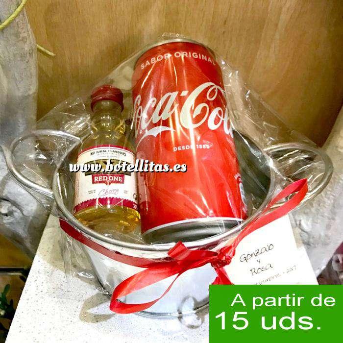 Imagen EN KITS DE REGALO Pack Whisky DYC Cherry 5cl más Coca Cola 25cl más Cubo de metal