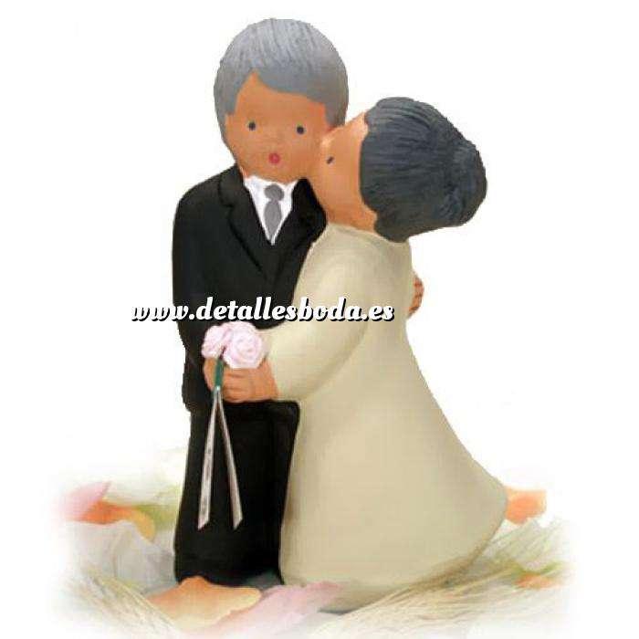 Imagen Novios tarta Clásicos Figura Pastel Beso Abuelos Bodas de Oro (Bubinots)
