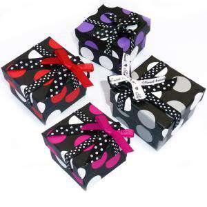 Imagen Cajitas para regalo Cajita para anillos o regalitos - negra y lunares gris y blanco