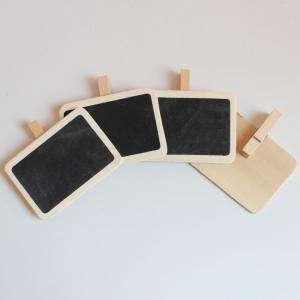 Detalles para la ceremonia - Mini pizarra negra rectangular con PINZA de madera PACK 4uds (Últimas Unidades)