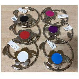 Prácticos mujer - Cuelgabolsos Plegable FLOR - Colores surtidos (Últimas Unidades)