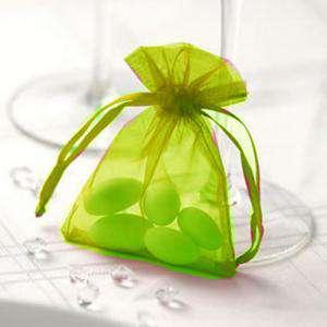 Tamaño 07x09 cms - Bolsa de organza Verde 7x9 - capacidad 7x7.5 cms.
