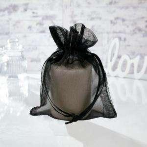 Tamaño 13.5x19 cms. - Bolsa de organza Negra 13.5x19 capacidad 13x17 cms.