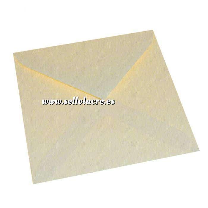 Imagen Sobres Cuadrados sobre crema verjurado 16.5x16.5 (Últimas Unidades)