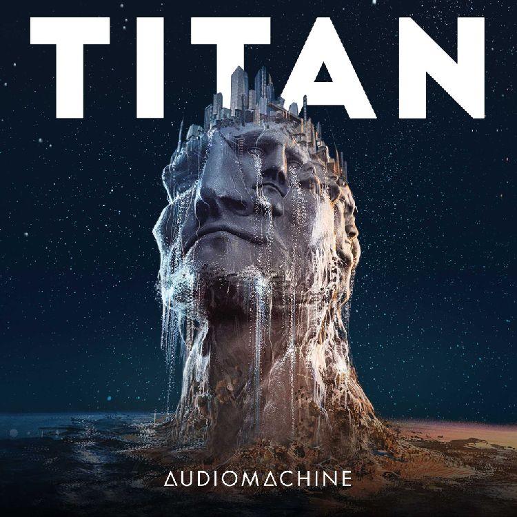 Titan packshot
