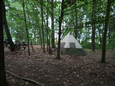 Group campsite, up to 30 guests, pet and family-friendly