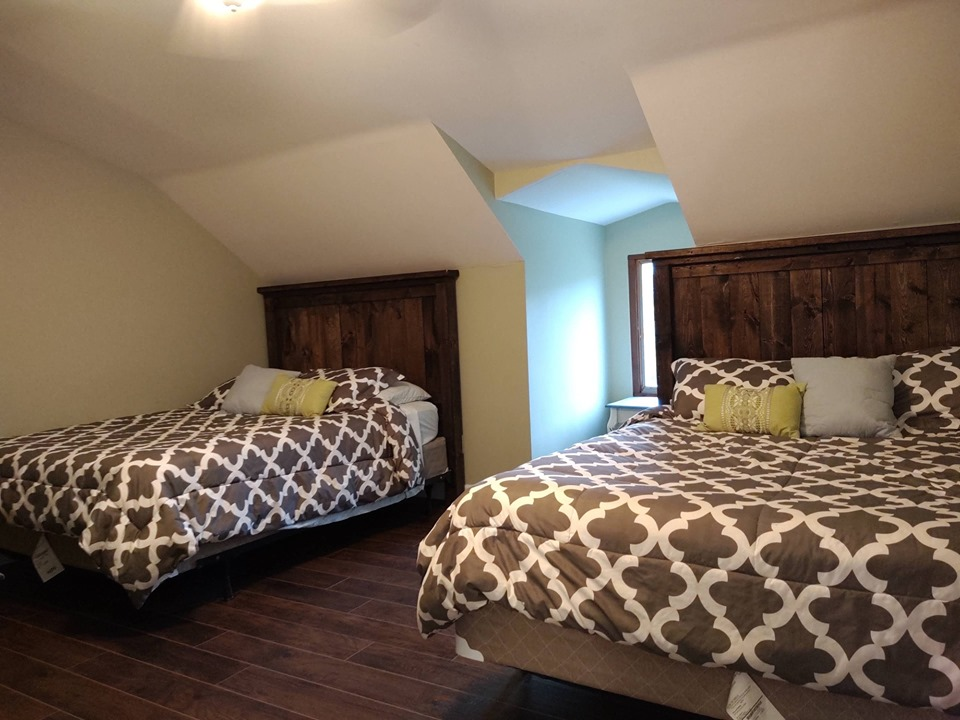 2nd bedroom, 2 Queen beds