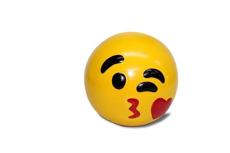 Cofre Emoji Cerâmica (Beijo)
