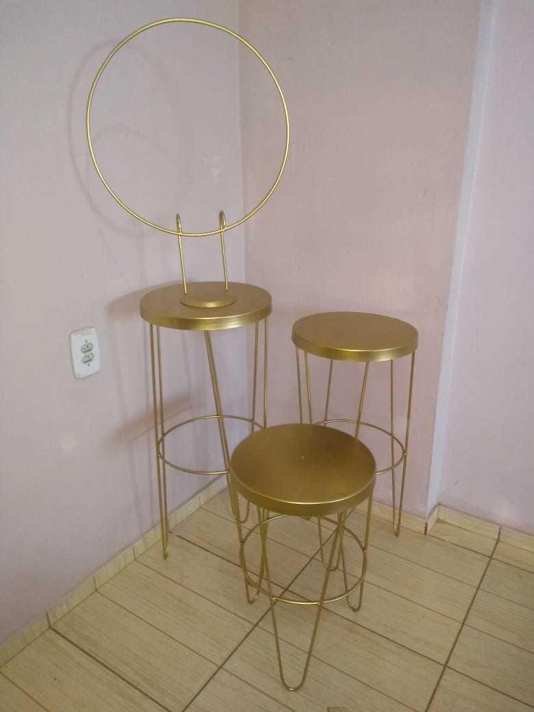 Combo Alegria com Jogo de Mesas New Table Hairpin Legs + Mini Arco Redondo Ideal para Sublimados, Perfeitos para Decorações de Festas