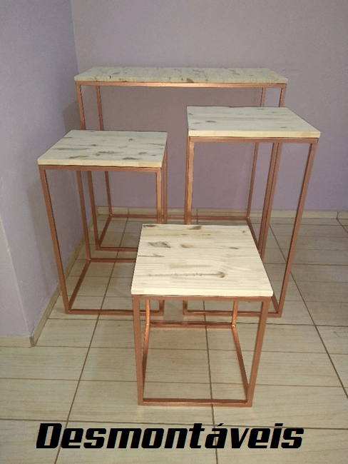Jogo de Mesas Cubo Desmontáveis para Festa em Pinus e Ferro 4 Peças - Disponível nas Cores Rose Gold, Dourado e Preto
