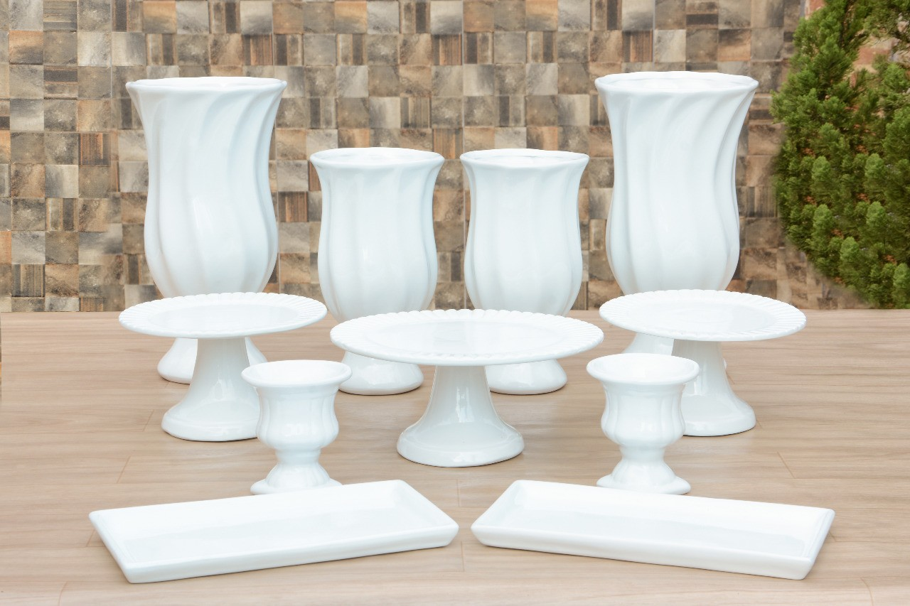 Kit Cerâmica para Festas Branco 11 Peças c/ Taças Boleiras e Travessas - Eventos e Decoradores