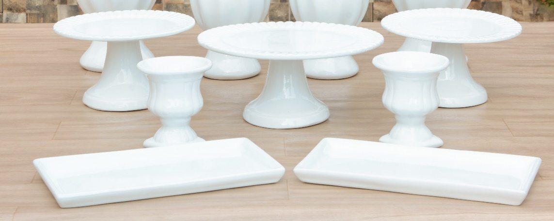 Kit Cerâmica para Festas Branco 7 Peças c/ Taças, Boleiras e Travessas - Eventos e Decoradores