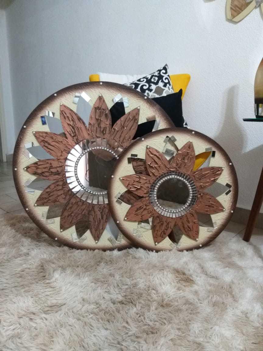 Quadro Mandala Decorativa de Parede Modelo Estrela Cor Bronze, Disponível nos Tamanhos 1 Metro, 80 cm e 60 cm de Diâmetro