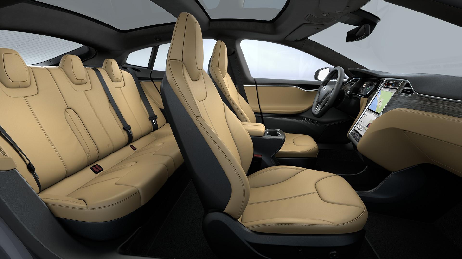 Interieur Tan Leather Seats Matte Obeche Wood Decor Black Alcantara Headliner Alcantara Dashboard Accents