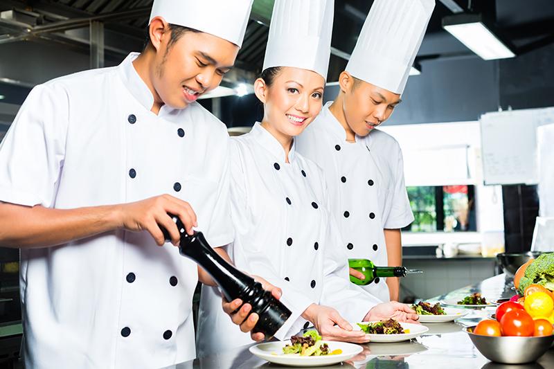 Menyiapkan dan Memasak Makanan Menggunakan Bahan Rempah Bagi Juru Masak