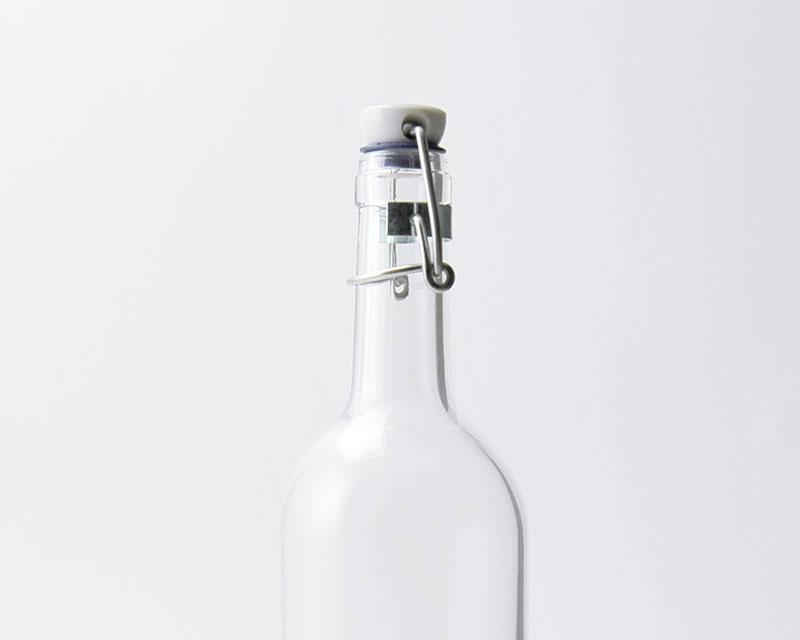 Bouchon mécnanique à adapter sur carafe en verre bordealaise, un style retro et elegant