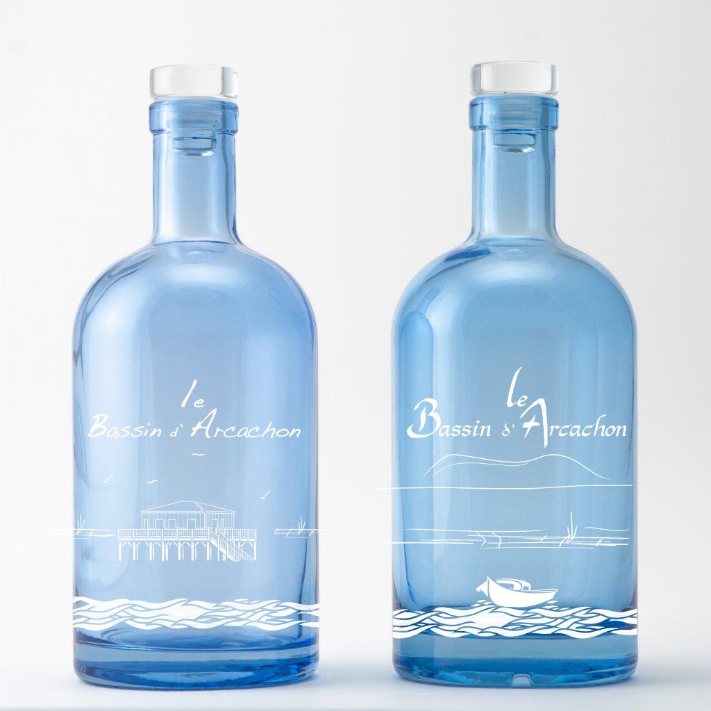 Le paysage unique du Bassin d'Arcachon sur une bouteille d'eau décorée par Bouteilles d'Eauteur
